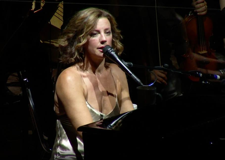 Sarah Mclachlan and the Colorado Symphony perform