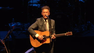 Lyle Lovett performs